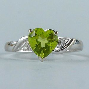 1 Ct Peridot Heart Diamond Accent 10K Gold Ring